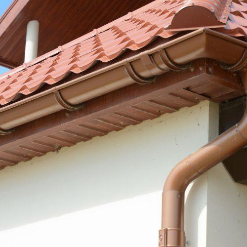 instalacion y mantenimiento de canalones y bajantes